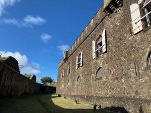 Fort Napoléon - Compter 1h pour la visite du Fort